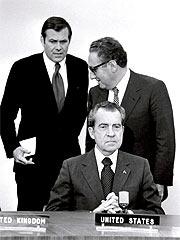 Kissinger, Nixon y Rumsfeld