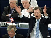 _42375401_farage203_afp.jpg