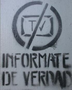 http://elproyectomatriz.files.wordpress.com/2008/03/dsinformation-medios.jpg