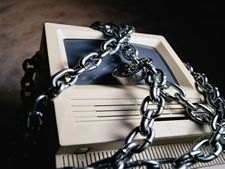 Libertad de comunicaciones