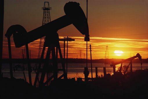 EL GRAN ENGAÑO…!!! LA VERDAD SOBRE EL PETRÓLEO: ES UN MINERAL CASI INAGOTABLE (El petróleo originado a partir de fósiles, es falso)