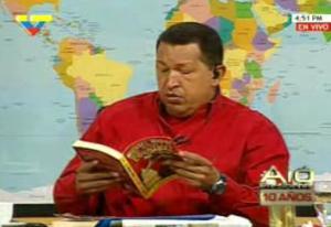 HUGO CHAVEZ Y MICHAEL MOORE