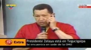 ZELAYA LLAMA POR TELÉFONO A SU HERMANO HUGO CHÁVEZ