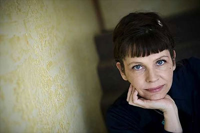 ISLANDIA: ¡¡¡ESTO SÍ ES REVOLUCIÓN!!!, PERO NADIE SE HA ENTERADO…  Birgitta_jonsdottir