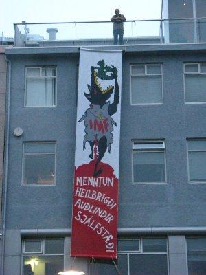 ISLANDIA: ¡¡¡ESTO SÍ ES REVOLUCIÓN!!!, PERO NADIE SE HA ENTERADO…  Imf-iceland