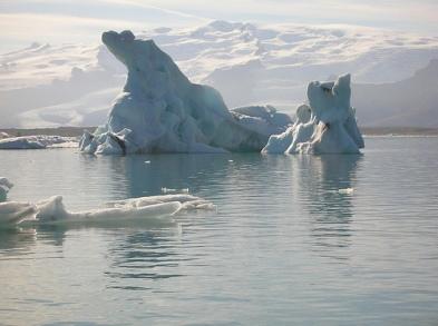 ISLANDIA: ¡¡¡ESTO SÍ ES REVOLUCIÓN!!!, PERO NADIE SE HA ENTERADO…  Islandia-2