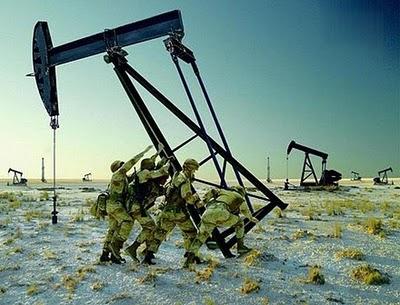 soldados-americanos-y-el-petroleo.jpg?w=950